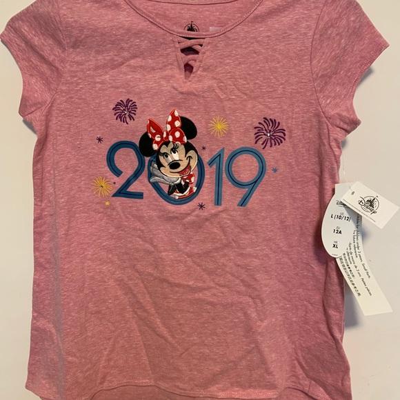 Disney Parks Minnie Mouse tshirt